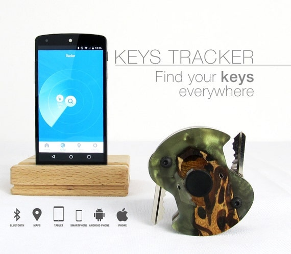 green keys Tracker,gift for her,christmas gift for girlfriend,gift for woman,gift for wife,gift for sister,womens gift,birthday gift