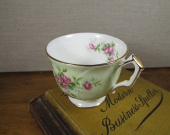 Aynsley Fine English Bone China Teacup - Green and White - Pink Roses - Gold Accent - Made in England
