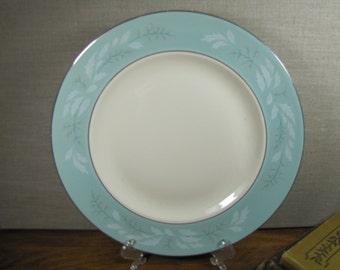 Vintage Homer Laughlin - Dinner Plate - Cavalier Eggshell - Romance Pattern - Turquoise Rim - Platinum Accent - Pink Berries - Gray Leaves