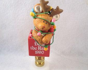 Lamp Finial:  Darling Vintage Christmas Rain Deer in Tangle of Lights.  Lampshade Finial.  (7M)