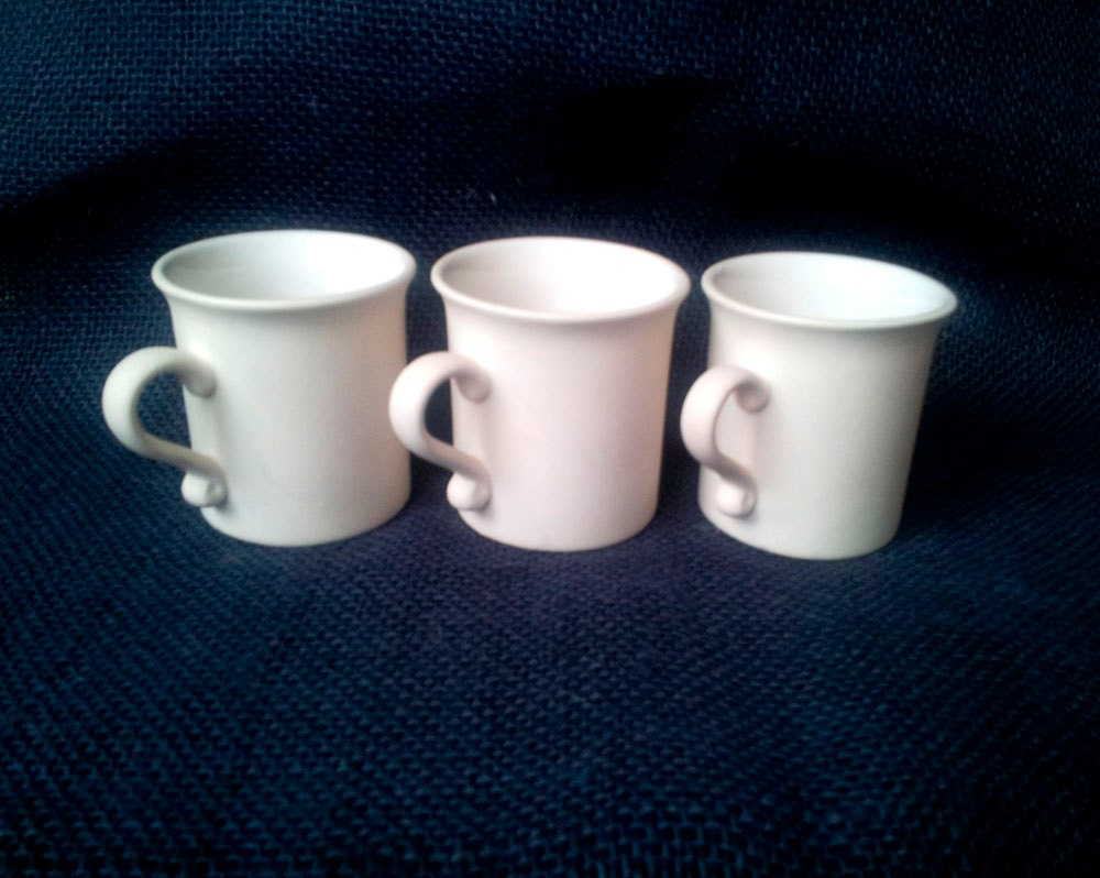 Adorable plain mug cup blank ceramic bisque u paint for How to paint ceramic mugs at home