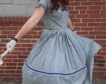 Vintage 1950's Blue-Grey Paisley Dress