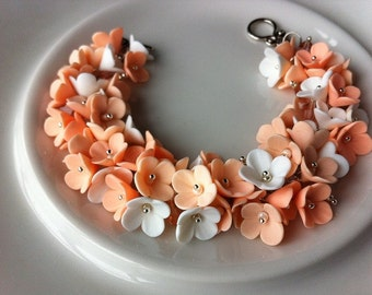 Floral bracelet Bracelet with flowers White and peach flowers bracelet Floral jewelry Polymer clay jewelry Handmade bracelet