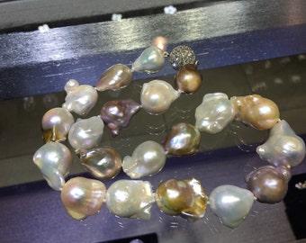 Baroque pearls choker itemB