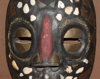 Vintage Hand Harving Wood Wall Decor Mask With Inlay Brass, Shells & Beads