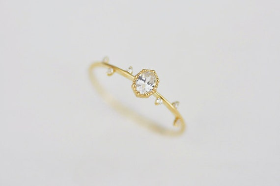 il 570xN.1093778133 r5nl 3 Unique & Beautiful Engagement Ring Stores on Etsy