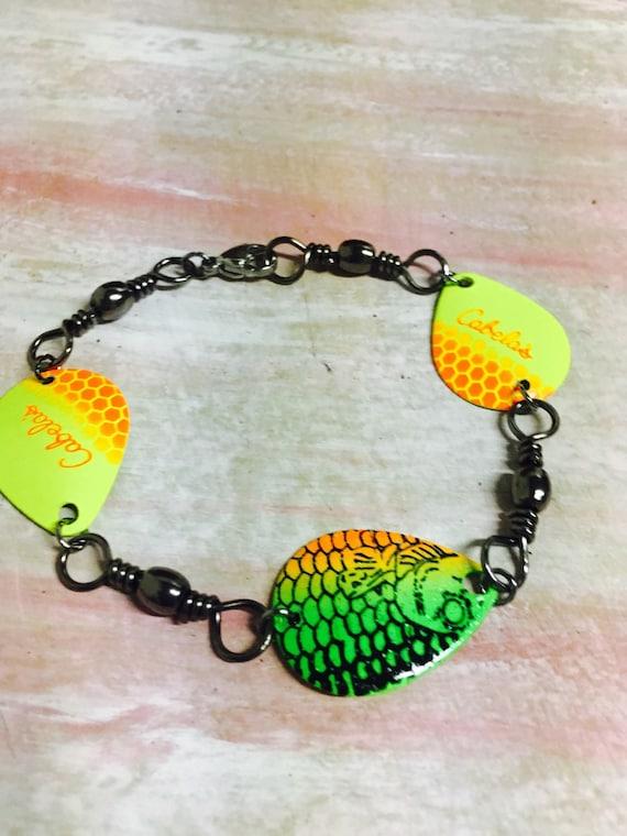 Swivel fishing tackle bracelet mens ladies fathers for Mens fishing bracelet