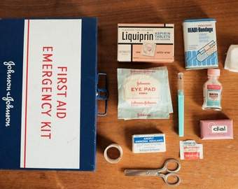 First Aid Kit - Johnson & Johnson Vintage