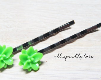 Green Lily Bobby Pins - Flower Bobby Pins - Green Flower Bobby Pins