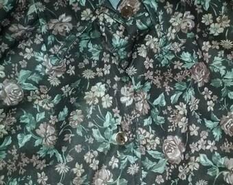 Adorable 70s novelty print long sleeve shirt