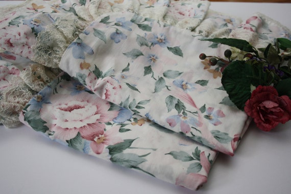 Pillow Shams Set Of Two Floral /Flowers Pillow Cases