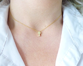 Dainty Ultra Thin Gold Cross Necklace,Simple Everyday Necklace,Tiny Delicate Gold Choker,Minimal Jewelry,Minimal Gold Necklace,Bridal Gift