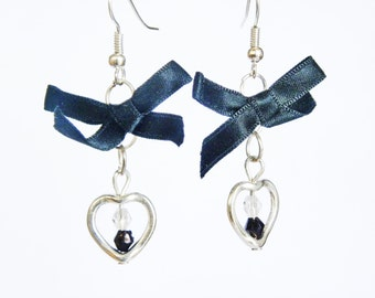 Pendant earrings with heart, beads and flower