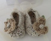 Baby Ballet Slippers/Baby Ballet Shoes/Baby Girl Booties/Crocheted Ballet Slippers 0-3 Months/Cream Baby Slippers/Baby Gift/Ready to Ship