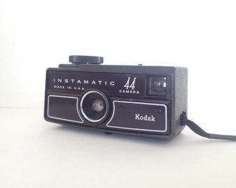 Vintage Kodak Instamatic 44 Film Camera