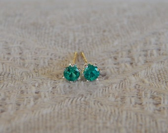 Emerald 3mm Studs, Emerald Stud Earrings, Tiny Emerald Studs, May Birthstone, Emerald Posts, Emerald Post Earrings, Hydrothermal Emerald