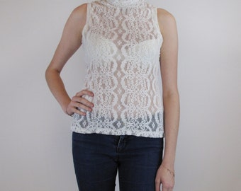 Ivory stretch lace camisole without sleeves and high neck