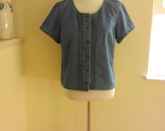 80s Liz Claiborne Denim Blouse, Short Sleeve, Size 8, Size 10, Lizwear Jean Top, Boho Top, Hippie Top, Retro 70s, Retro 60s Top, Button Down