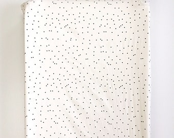 Changing Pad Cover >> Firefly in Black and Cream >MADE-to-ORDER gender neutral changing pad, dotted changing pad, spotted changing pad, mix