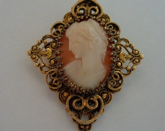 Vintage GERRYS Unsigned Goldtone Diamond Shaped Cameo Brooch that is also a Pendant. 2 inches by 2 inches