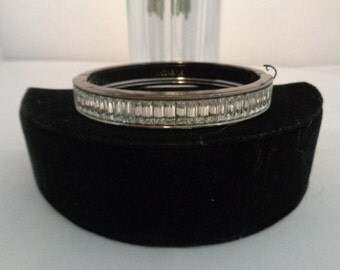 """Use Coupon 10OFF Vintage GIVENCHY 8"""" Rhinestones Bracelet & Dark Silverplate Metal - You can see the string never worn."""