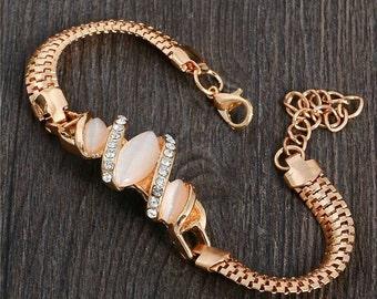 Rose gold bracelet, rose gold jewelry, Austrian Crystal bracelet , Pearl bracelet, gifts for her, Women's bracelet