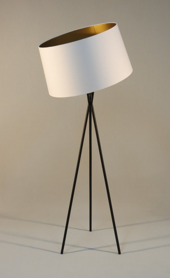 handmade tripod floor lamp with black colored metal stand drum. Black Bedroom Furniture Sets. Home Design Ideas