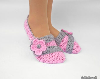 Crochet Slippers, Pink Women Slippers, Crochet Women Shoes, Home Slippers, Shoes for Women, Slippers with Flowers