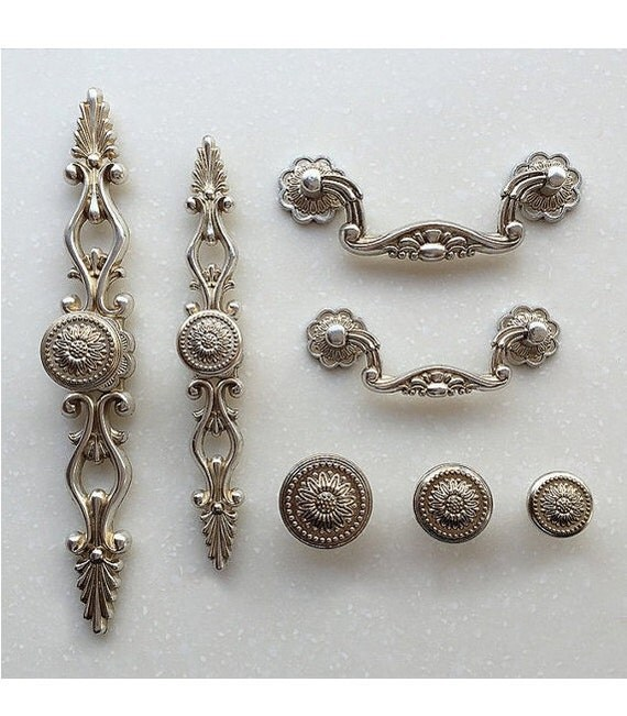 shabby chic dresser drawer pulls handles antique 87994