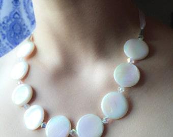 White Circle Shell and Crystal Ribbon Set