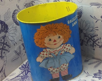 Vintage Raggedy Ann and Raggedy Andy Metal Garbage Can - Vintage Toys Decor