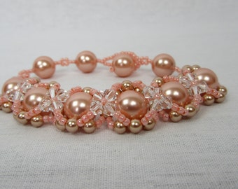 Peach Hugs and Kisses Bracelet