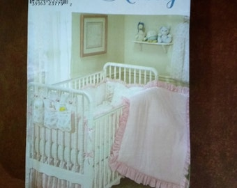Simplicity Nursery 9140 Nursery Accessories Baby Quilts, Bumpers, Dust Ruffle, Pillow, Sheets, Diaper Stacker and Organzier / Uncut / 2000