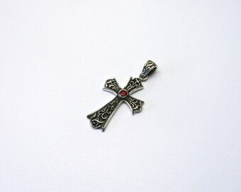 Cross pendant Garnet ornaments Sterling Silver 925