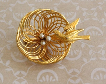 Vintage Bird's Nest Brooch Pin with Bird and Pearl Eggs Gold Tone
