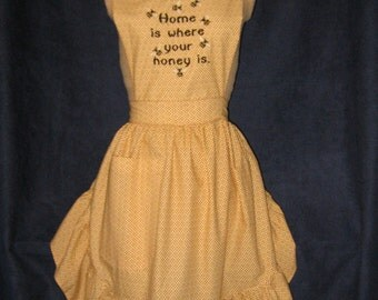 """Embroidered Honey Bee Apron """"Home is where your honey is"""""""