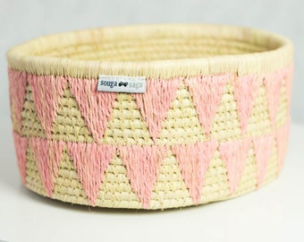 Raffia with embroidered motif basket