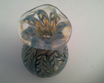 Art glass vase 2