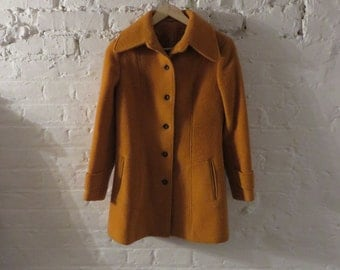Vintage 1970s Orange Wool Coat with dagger collar - Seventies