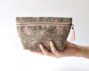 Zipper Pouch, Cosmetic Bag, Makeup Purse, Essential Purse in Vintage Roses Cotton Linen