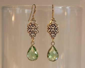 Green/Gold dangling earrings