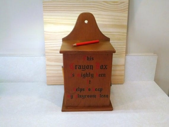 wooden crayon box cornwall wood products usa vintage. Black Bedroom Furniture Sets. Home Design Ideas