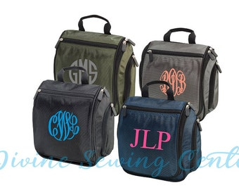 Set of 6 Monogrammed Toiletry Bags-Hanging Toiletry Bags- Bridesmaid Gifts- Groomsmen Gifts- Mother's Day/Father's Day Gifts