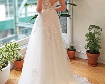 White Deep V Back Lace Wedding Dress