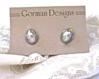 Gray MABE PEARL earrings for PIERCED ears 1980s silver gray