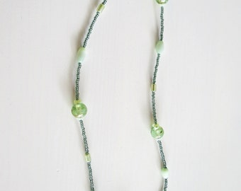 green tones, glass bead necklace, stylish necklace, bead necklace, delicate necklace, sophisticated necklace, exclusive necklace, handmade