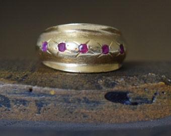 14 Karat Gold Ruby Gemstone Band, US Size 6.0, Used Vintage