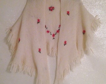 Adorable Vintage Embroidered Wool Shawl