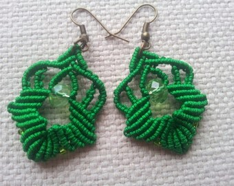0.8 mm waxedcord earrings macrame green