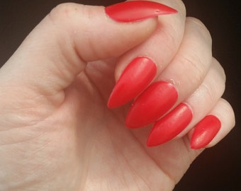 Red Stiletto False Nails